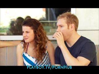 زوجين شابين الجديد يذهب إلى حزب العهرة لأول مرة