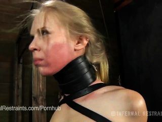 يحصل تدريب سارة جين سيلان كعبد عبودية