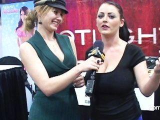 pornhubtv صوفي دي مقابلة في exxxotica 2012