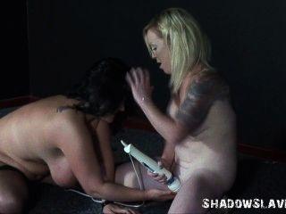 استعبد اللعب والفتيات مثليه الجنس هزاز من السمين هواة اندريا
