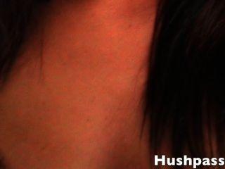 كبيرة زرقاء العينين فتاة بيضاء مص / سخيف بي بي سي