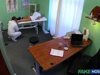 ممرضة fkeh0spital