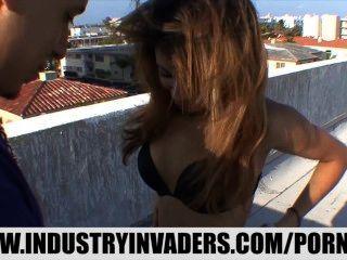 فيرونيكا رودريغيز أفضل مشهد الجنس العامة من أي وقت مضى شاطئ ميامي
