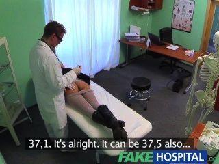 همية المعاملة الجنسية مستشفى تتحول رائع يشتكي المريض من الألم مفلس
