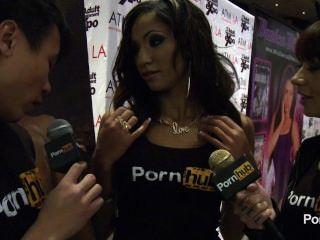 pornhubtv مقابلة سادي سانتانا في 2014 AVN جوائز