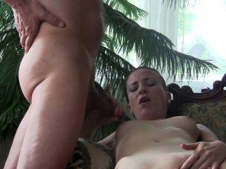 BJ chrystall الملكة سيلفيا في غرفة المعيشة.الاباحية الوطن الفيديو عالية الدقة.