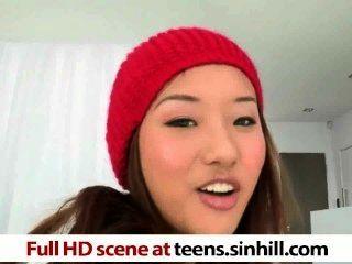الصينية في سن المراهقة ألينا لى يحب الديوك ضخمة teens.sinhill.com