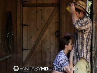 HD fantasyhd راعية البقر داني دانيلز ركوب ديك في المزرعة