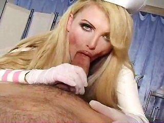 ممرضة مفلس يشفى الديك