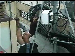 الجنس في الهواء الطلق على الشرفة