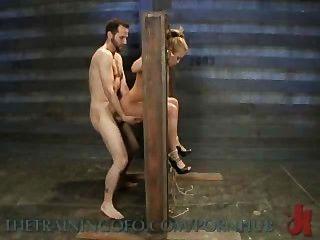 يرتبط ميا lelani الغريبة وقحة الاباحية، للتعذيب ومارس الجنس