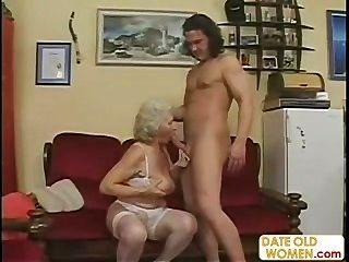 تحصل مارس الجنس الجدة القديمة الاسكتلندي
