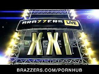 برازرز يعيش 21: متاهة jynx، دي صوفي، غلم جرايسي، فاى ريجان