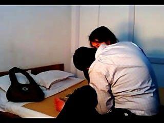 الهندي سخيف كلية الزوجين في الخصوصية التي سجلتها كاميرا خفية