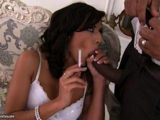 لو charmelle التدخين وسخيف الديك الأسود الكبير