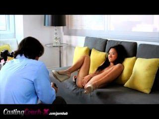 صب الأريكة X فضحهم الملاعين في سن المراهقة الآسيوية للنقد