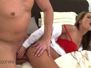 ديفين جينا ممارسة الجنس رهيبة