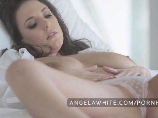 كبير الحلمه أنجيلا الأسترالي استمناء الأبيض في السرير