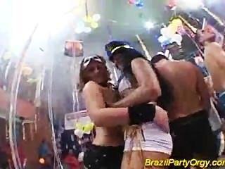 مجموعة حزب البرازيل المتشددين الجنس مع فاتنة قرنية مثير