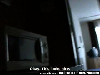 شوارع التشيكية الشباب في سن المراهقة فتاة يحصل من الصعب في غرفة الفندق