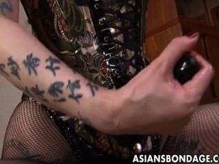 عشيقة الآسيوية الخام محاريث لها فتاة الرقيق الحلو