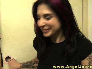 ملاك جوانا لديه الرغبة في كس