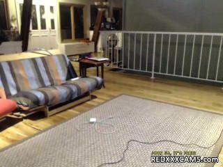 في سن المراهقة الإشارة بالإصبع كس كاميرا ويب تظهر تسربت من redxxxcams.com
