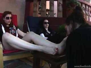 الرجل foot_worship_52_lucky