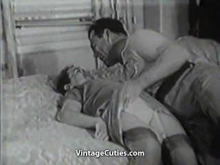 العلاقات سخيف الكبار والصغار في السرير
