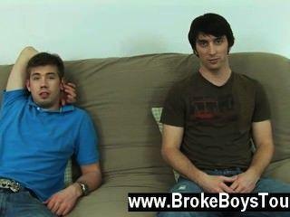 فيلم مثلي الجنس بعد كمية دقيقة فقط بضعة أكبر من جيريمي عمود
