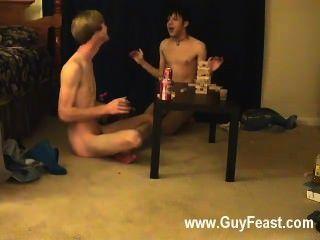 مثلي الجنس الاباحية أثر ويليام الحصول على جنبا إلى جنب مع الحليف الجديد أوستن