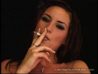 لولا مارتن التدخين صنم جزء 1