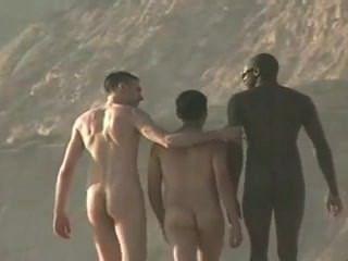 منفردا الشاطئ الجنس مثلي الجنس