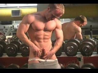 السيد.الوقت الصالة الرياضية muscleman