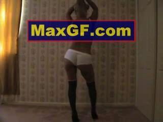 مثير نموذج فتاة عارية عارية الثلاثون بيكيني الثدي في سن المراهقة الثدي الحمار بعقب الإباحية قرنية