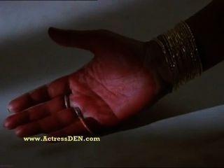 الهندي الممثلة انو الجنس الساخن أغراوال الباب سحابة
