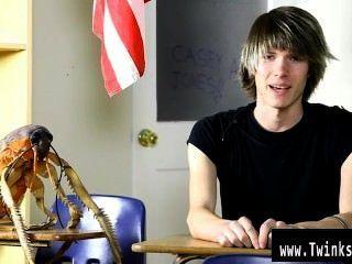 مثير مثلي الجنس كيسي الشباب جونز هو ثمانية عشر عاما القدامى والجدد لالاباحية
