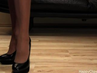 الكعب العالي خطوات حذاء