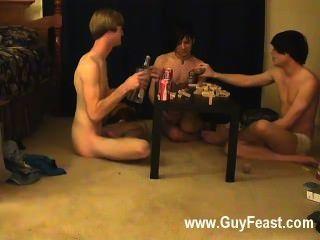 حار أثر الجنس مثلي الجنس ويليام الحصول على جنبا إلى جنب مع الأصدقاء الجديد أوستن