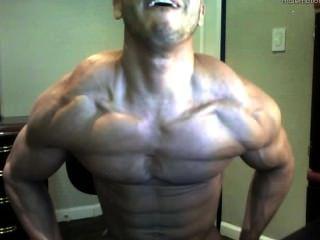 الساخن الكاميرا الصبي الجسم أصحاب العضلات كبيرة وضخمة ديك