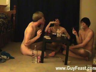 كليب مثلي الجنس من هذا هو شريط فيديو مطول لأنواع المتلصص أنت الذي أحب
