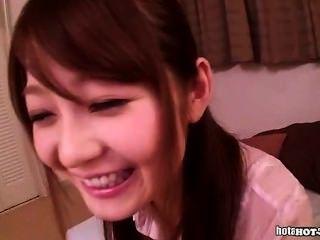 استمنى الفتيات اليابانية مع المعلم لطيفة في home.avi
