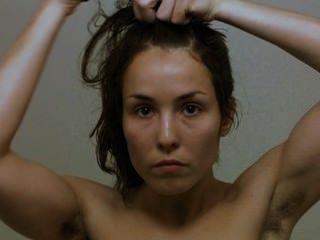 نومي رابيس الممثلة السويدية في ديزي الماس جزء 1