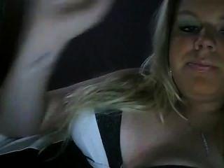 فتاة الساخنة الدخان صنم سيج لغير المدخنين عارية