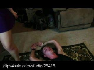 العمل المصارعة المختلطة في clips4sale.com