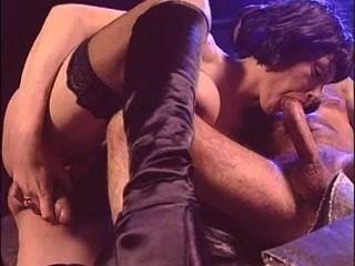 ممارسة الجنس مع خنثى الايطالية ناضجة