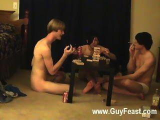 حار مثلي الجنس أثر المكان ويليام الحصول على جنبا إلى جنب مع زميله الجديد أوستن