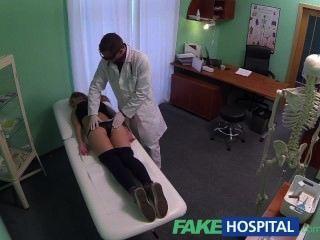 fakehospital 20S الساخنة الجمباز مغوي من قبل الطبيب وCREAMPIE معين