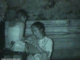 حديقة عامة الجنس القبض على كاميرا خفية