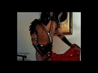 اللاتكس خنثى الجنس الرقيق وجه اللعنة